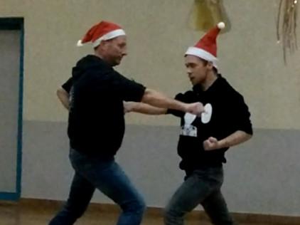 Karate unter dem Weihnachtsbaum